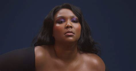 Meet Lizzo, The Flute-Playing Singer Who Brought The Juice