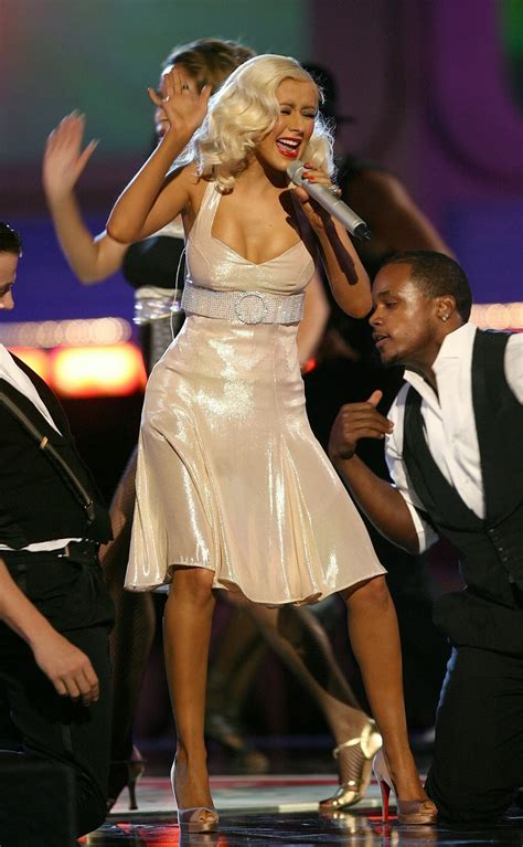 Live on Stage: Christina Aguilera - Onstage at 2006 MTV