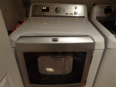 The Maytag Bravos XL Make Doing Laundry So Much Easier