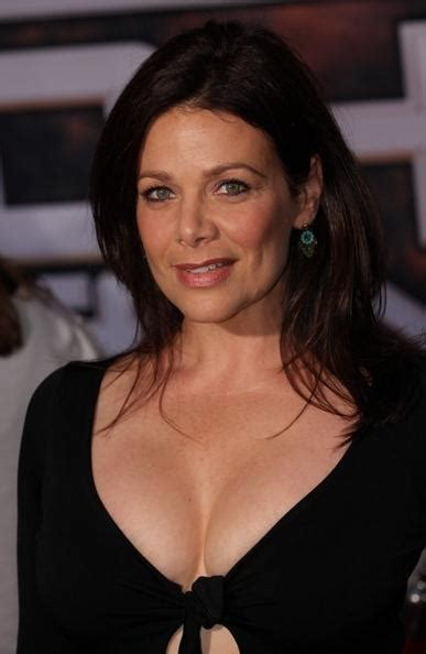 New Hot Sexy Beauty: Meredith Salenger photo pic
