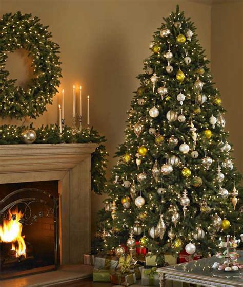Consumers Pursue Balsam Hill ® Artificial Christmas Trees